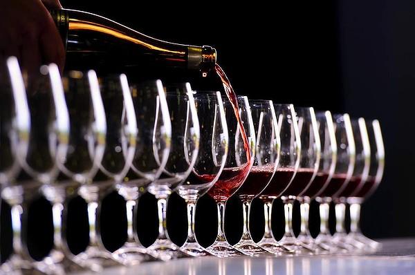 Wine from Connoisseur Bennett J Kireker